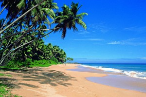 A deserted beach in southern Sri Lanka in 2010. (Photo by Sri Lanka Tourism Promotions Bureau. Creative Commons License.)